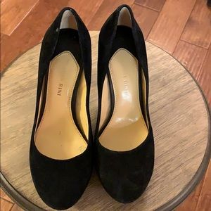 💛 Gianni Bini Black Stilettos